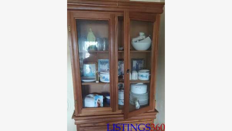armoire vitree de salon centre