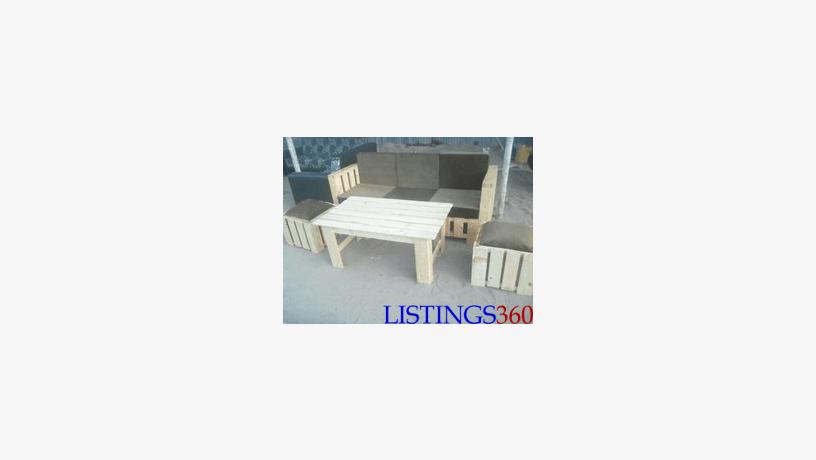 canape et table basse en palette lome