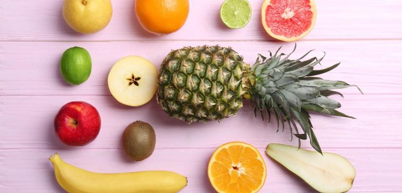 Onbewerkte producten zoals fruit hebben een hoger Thermisch Effect van Voeding (TEF), waardoor je energieverbruik (naast de NEAT) lichtjes omhoog gaat.