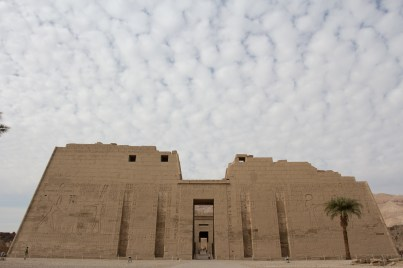 Medinet Habu, the sides are covered in huge glyphs extolling the victories of Ramses and serving as propaganda.