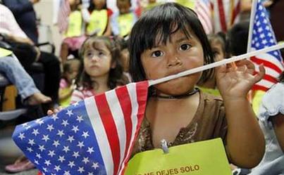 Legislador demócrata critica iniciativa republicana para niños migrantes - Foto de El País Costa Rica