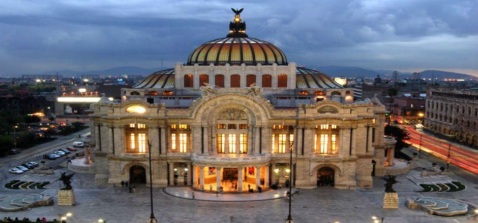 Rinden tributo al Palacio de Bellas Artes - Foto de arqhys.com