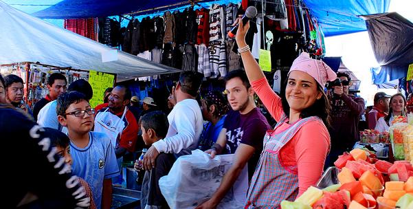 Bajan ventas en comercios por Hoy No Circula - Foto de La Jornada