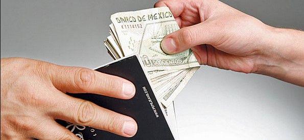 """Aumentan """"mordidas"""" por """"Hoy No Circula"""": CANACOPE - Foto de Internet"""