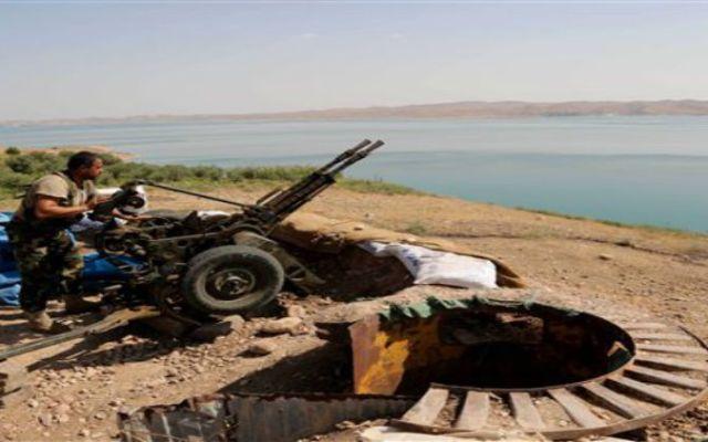 Fuerzas iraquíes recuperan presa - Foto de AP