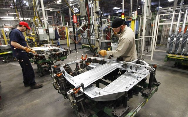 Crece producción industrial 2 por ciento en junio - Internet