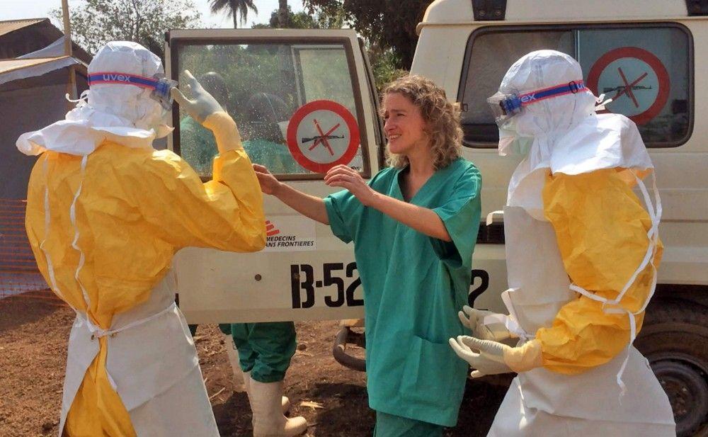Viajan 164 voluntarios ingleses para combatir al ébola - Internet