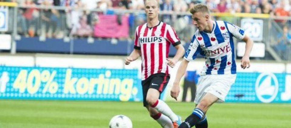 PSV pierde frente a Heerenveen pero sigue en la cima - Foto de @OranjeYouth