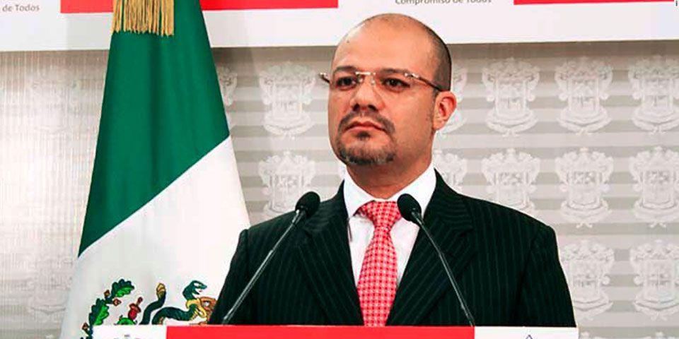 Así resguardan al Secretario de Seguridad Pública de Michoacán - Foto de Quadratín