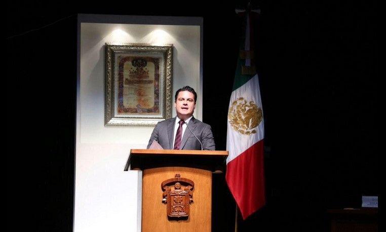 Se disculpa gobernador de Jalisco por pocos resultados - Foto de @AristotelesSD