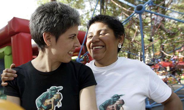 Expedirá gobierno del DF actas de concubinato para parejas del mismo sexo - Foto de El Universal