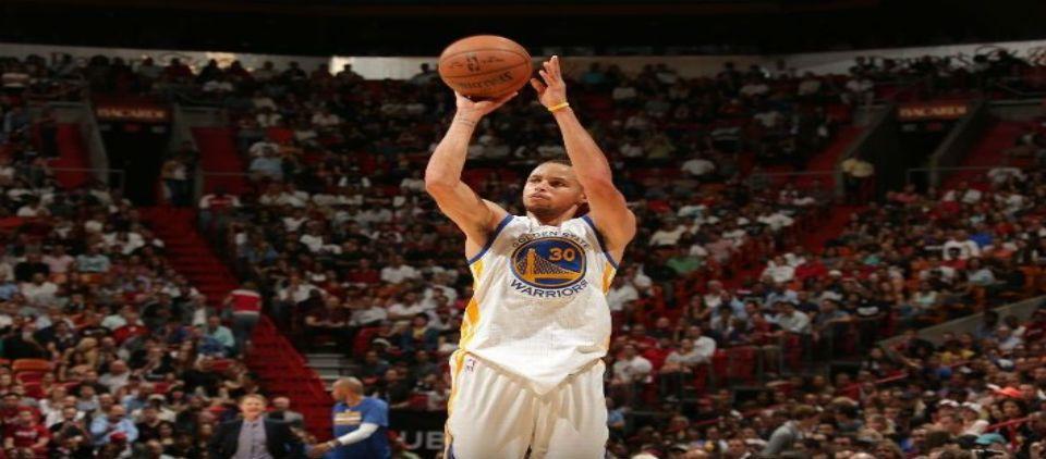 Curry anota 40 y Warriors arrollan al Heat - Foto de ESPN