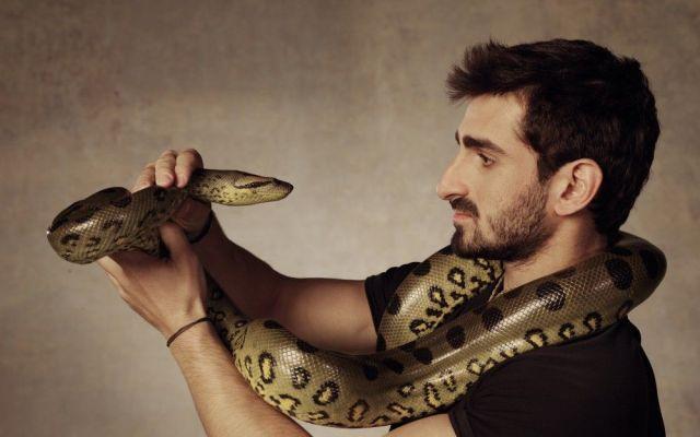 """""""Eaten Alive"""": un especial donde un hombre será comido vivo por una Anaconda - Internet"""