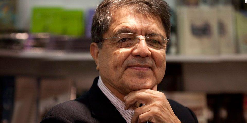 """""""Inmensa alegría. Premiado, Sergio Ramírez"""" - Foto de Códice informativo"""
