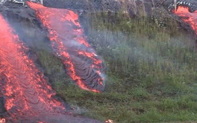 Video de lava consumiendo una colina en Hawaii - Foto de 24 horas
