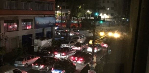 Bloquea SME Insurgentes Norte - Foto de @unchilango
