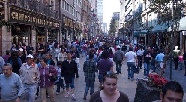 En quiebra 180 negocios del Centro Histórico por manifestaciones - Foto de Cuartoscuro
