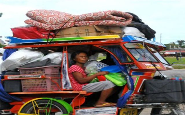 Filipinas se prepara para peligroso tifón - Foto de AP