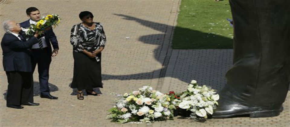 Sudáfrica celebra 1er año de la muerte de Mandela - Foto de AP