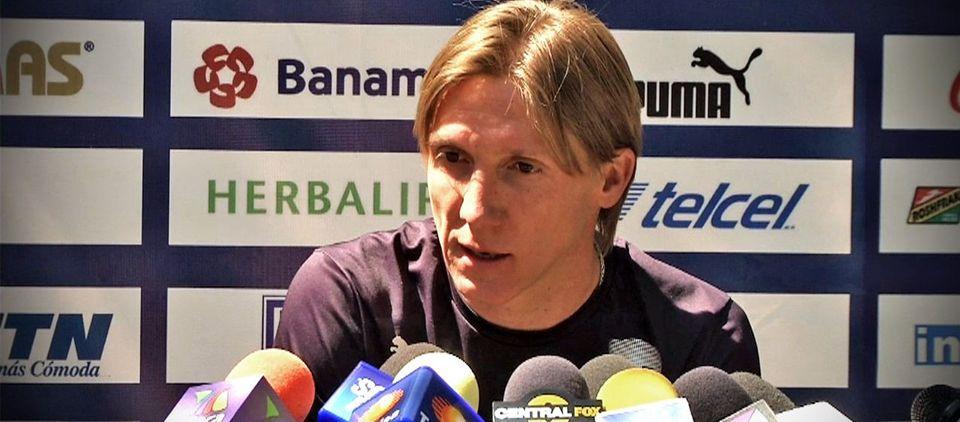 Pumas hace oficial salida de Leandro - Foto de Univisión