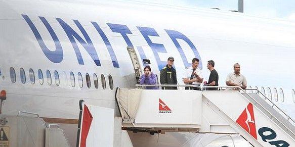 Pasajeros de United Airlines se quedan varados en Canberra por 8 horas - Foto de @Australian