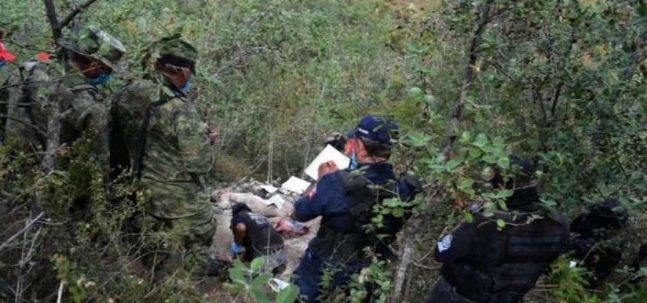 Encuentran más fosas en Iguala - Fosas en Cerro del Tigre, Iguala