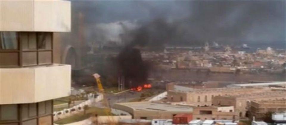Filial libia de Estado Islámico reclama el ataque al hotel - hotel corinthia tripoli libia_ap