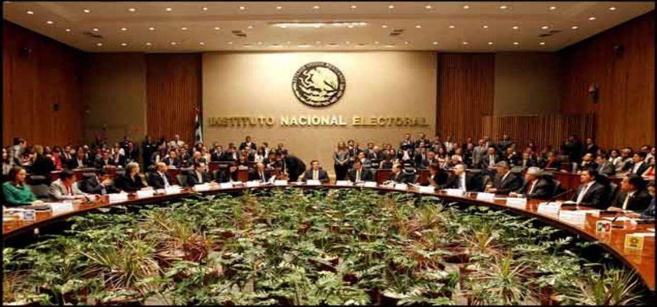 Mañana inicia el periodo de precampañas electorales - Consejo General del INE