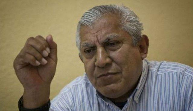 Renuncia director de la Escuela Normal de Ayotzinapa - José Luis Hernández, director de normal de Ayotzinapa