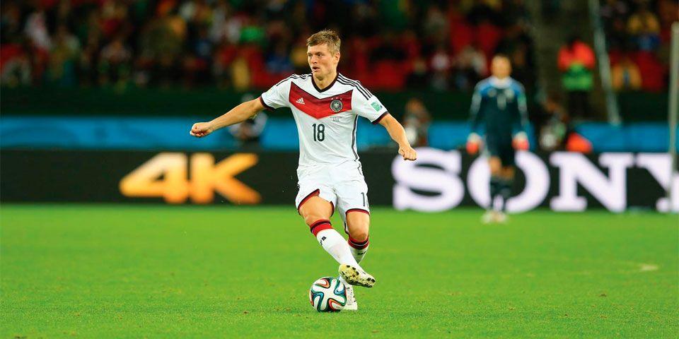 Toni Kroos mejor constructor de juego en 2014 - Toni Kroos con la Selección Alemana