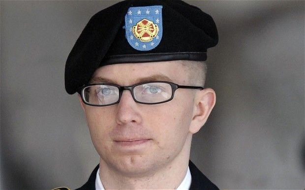 Chelsea Manning saldrá libre la próxima semana - Armada de EE.UU. aprueba transición a soldado transexual
