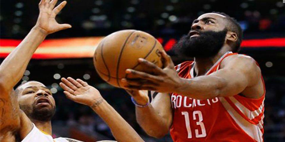 Harden arrasa en la remontada de Rockets sobre Suns - james harden_ap