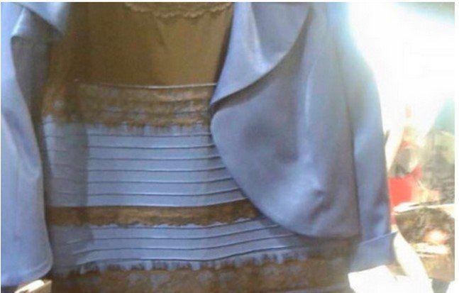 ¿Blanco y dorado o azul y negro? - vestido