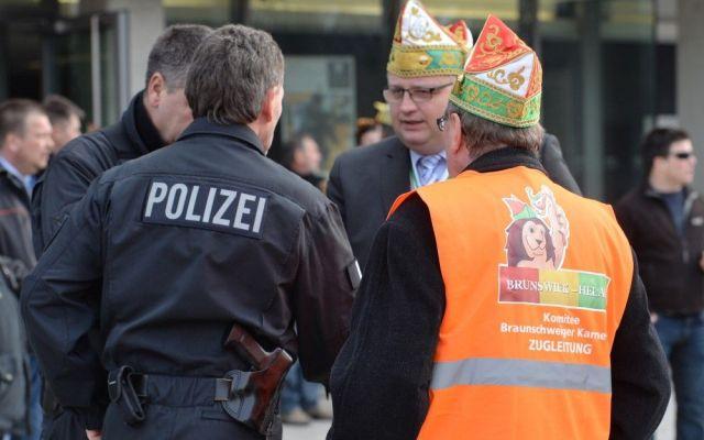 Cancelan carnaval en Alemania por amenaza terrorista - Cancelan carnaval en Alemania por amenaza terrorista