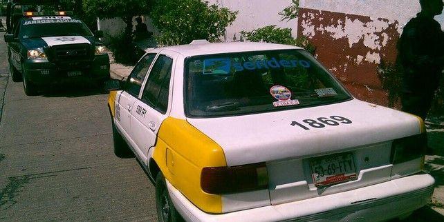 Asesinan a taxista en Acapulco - Taxi baleado en Acapulco