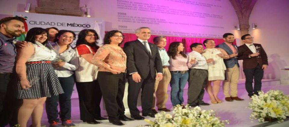 GDF realiza boda colectiva de 21 parejas homosexuales - celebración matrimonio igualitario
