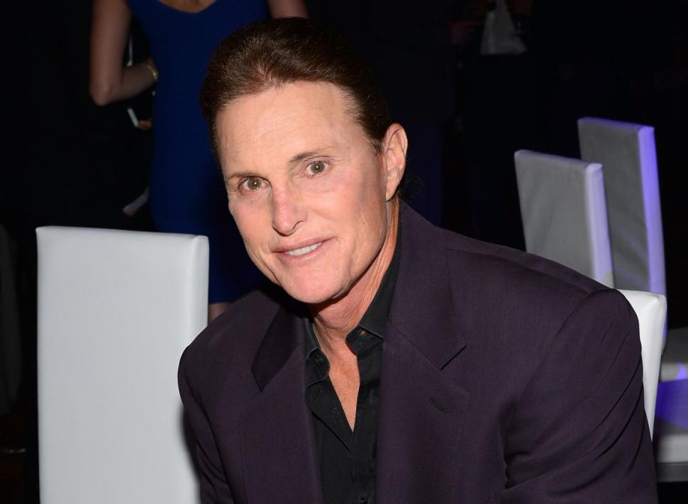 Bruce Jenner se someterá al cambio de sexo hasta verano - Bruce Jenner se someterá al cambio de sexo hasta verano