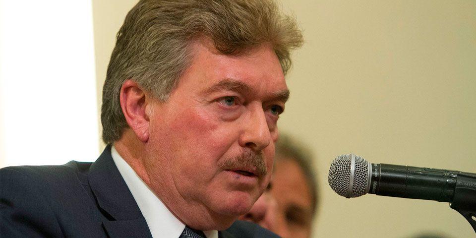 Gobierno de BC anuncia boicot a diarios que destaparon corrupción - Francisco Vega de Lamadrid, gobernador de Baja California
