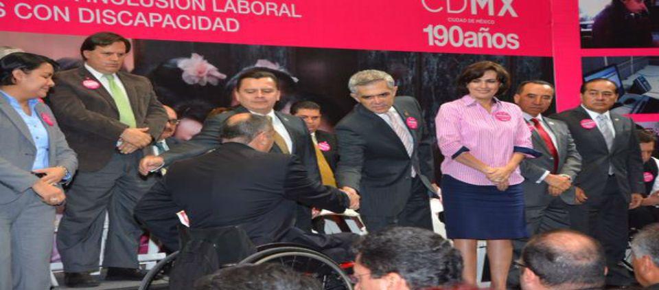 Mancera anuncia programa para empleo de personas con discapacidad - mancera programa empodera t