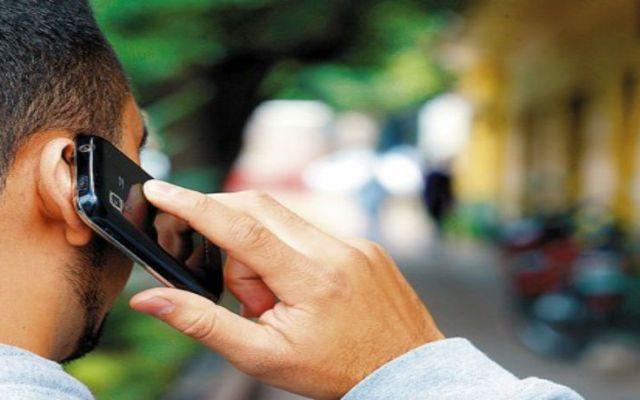 Se gasta 17 por ciento menos en telefonía celular - Foto de archivo