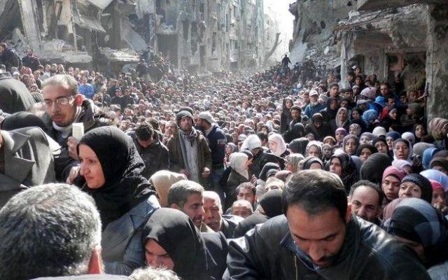 Estados Unidos recibirá a más refugiados sirios - Campo de refugiados Al Yarmuk en Damasco