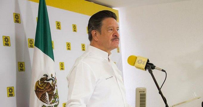 Navarrete pide a la PGR sustentar acusaciones contra esposa de Abarca - Carlos Navarrete, presidente nacional del PRD