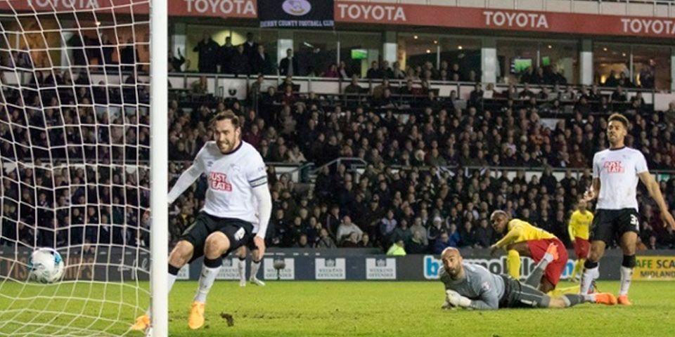 Layún fue titular en empate del Watford - Empate entre Derby County y Watford
