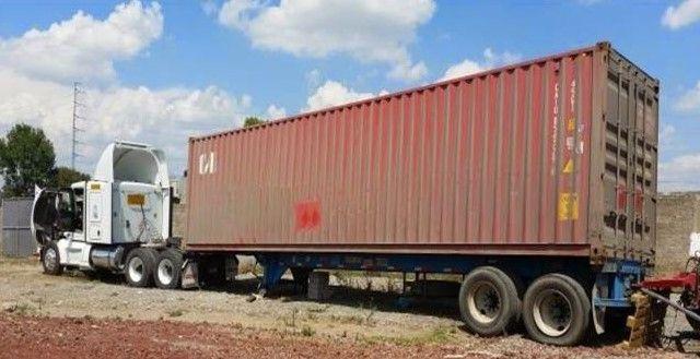 Encuentran tractocamión que transportaba precursores químicos - Tractocamión de Puebla