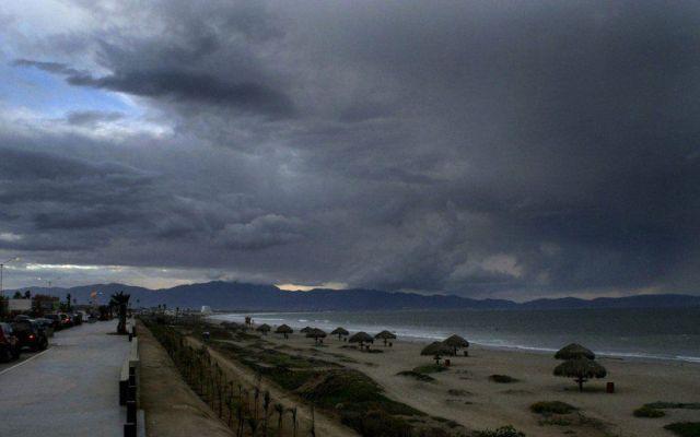 Primera tormenta tropical de la temporada - tormenta