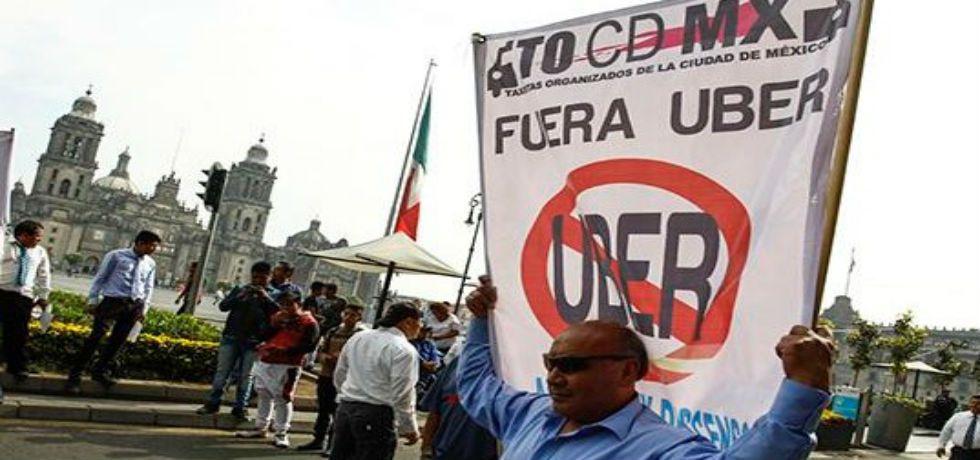 Mancera promete foro sobre taxis tras elecciones - Taxistas y servicios de aplicaciones convivirán en la capital del país. Foto de Crónica