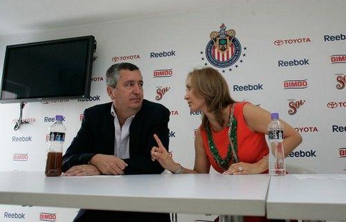 Angélica Fuentes se defiende de acusaciones de Jorge Vergara - Foto de El Siglo de Torreón