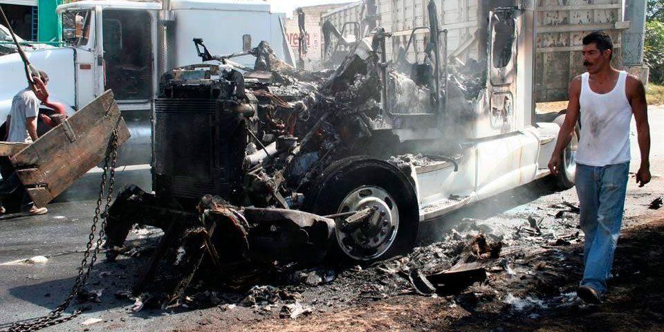 PGR consignó a 5 por violencia en Jalisco - Bloqueos en Jalisco