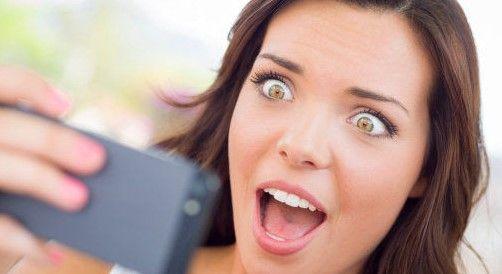 Lanzarán el emoji más vulgar - Celular con sorpresa