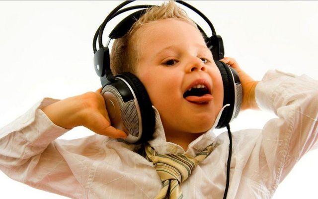 Las canciones más populares de la semana - Escuchando música
